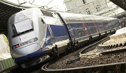 The trains are a development over Alstom's TGV Duplex trains