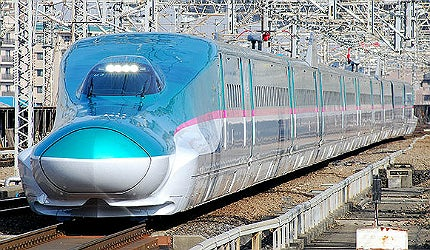 E5 series Shinkansen bullet trains japan high speed