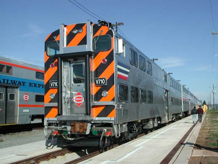 Gallery-Type Electric Multiple Unit